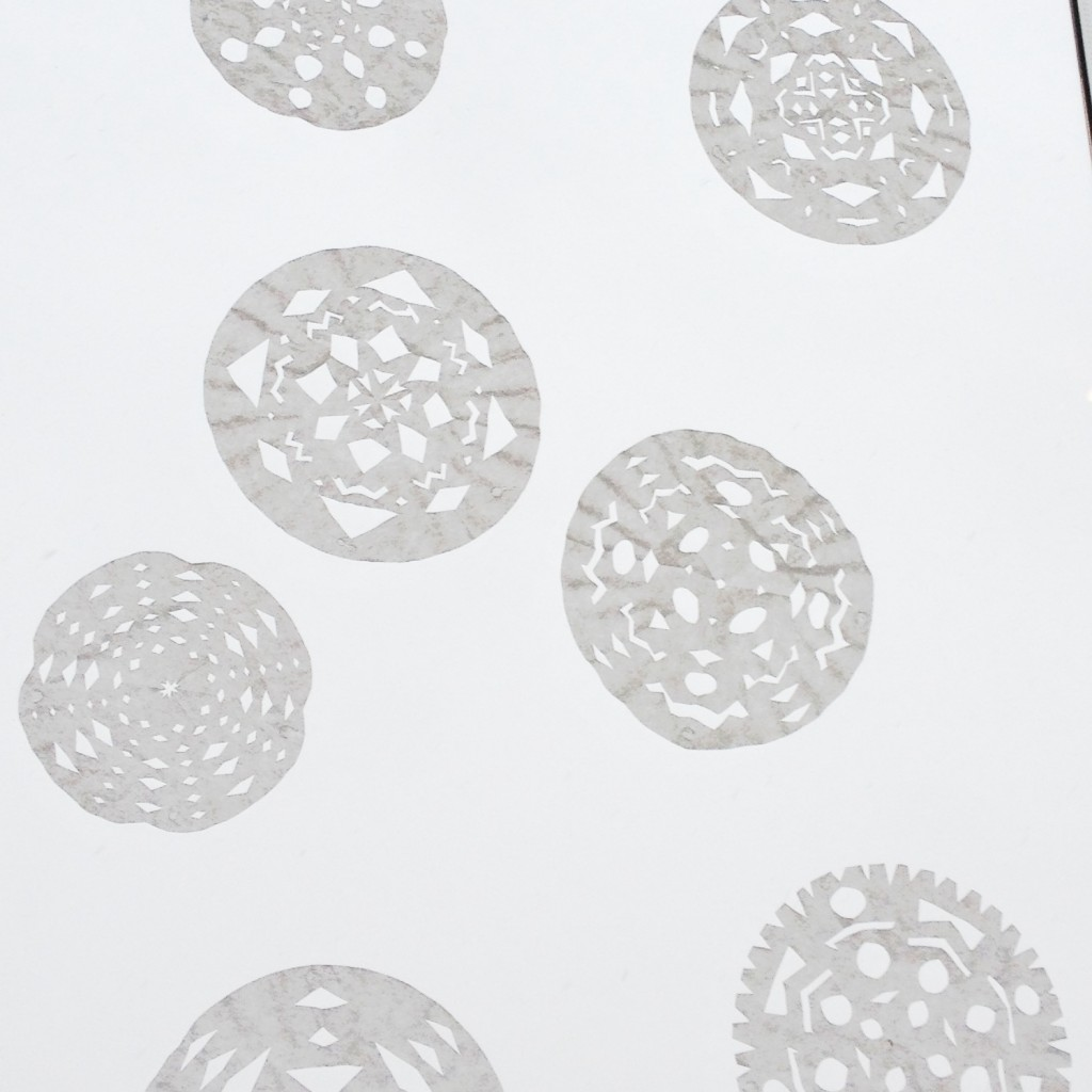 Snowflakes! , via www.thegoldjellybean.com