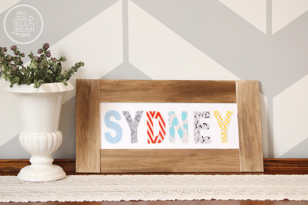 DIY Patterned Name Sign, via www.thegoldjellybean.com